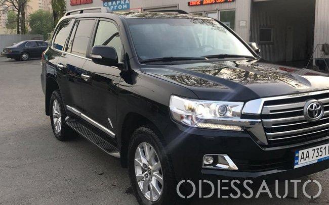 Аренда Toyota Land Cruiser 200 на свадьбу Одесса