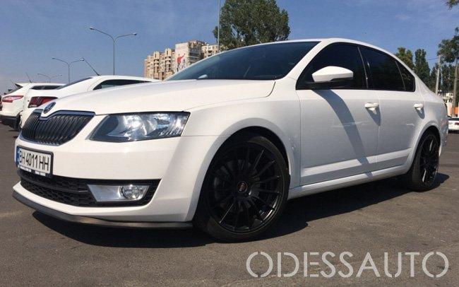 Аренда Skoda Octavia A7 RS+ на свадьбу Одесса